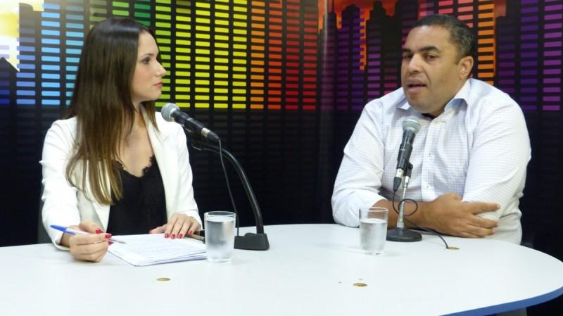 Jornal do Rádio: Professor dá dicas para estudantes não terem surpresas no Enem 2015