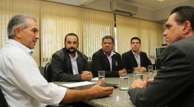 Polícia Militar: Reinaldo reduz tempo para promoção de praças