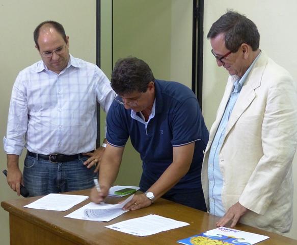 Governo lança editais de R$ 7 milhões para projetos tecnológicos inovadores e premiação jornalística