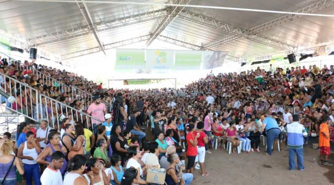 Programa Rede leva alegria e esperança a moradores de bairro pobre da Capital