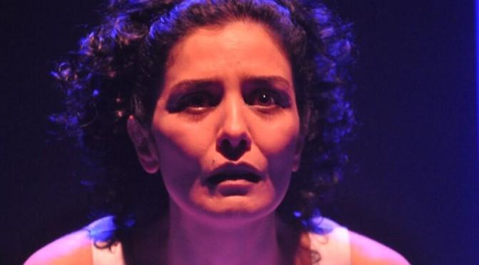 Com Letícia Sabatella, releitura de tragédias gregas estreia hoje no Teatro Aracy Balabanian