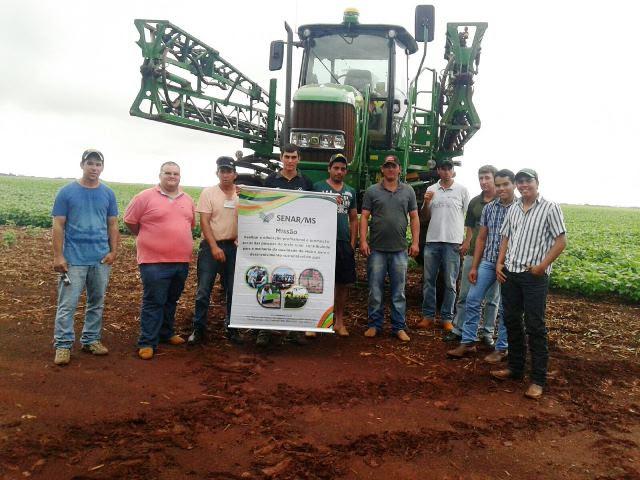 Produtores rurais da região sul de MS investem em qualificação para operadores de máquinas agrícolas