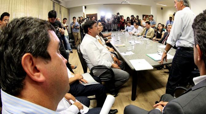 Reinaldo destaca valorização da educação pública em anúncio de reajuste de 11,36% a professores