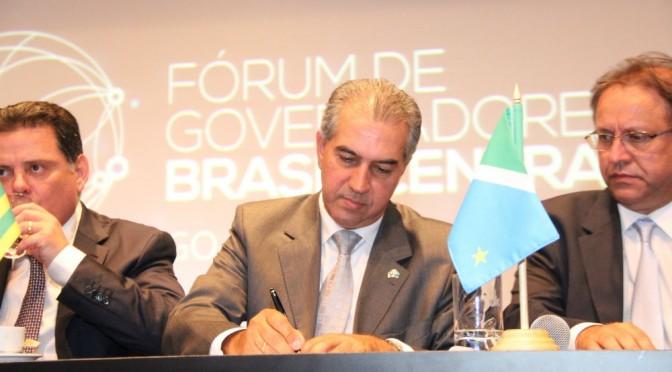 Reinaldo Azambuja participa de encontro de governadores em Brasília nesta segunda
