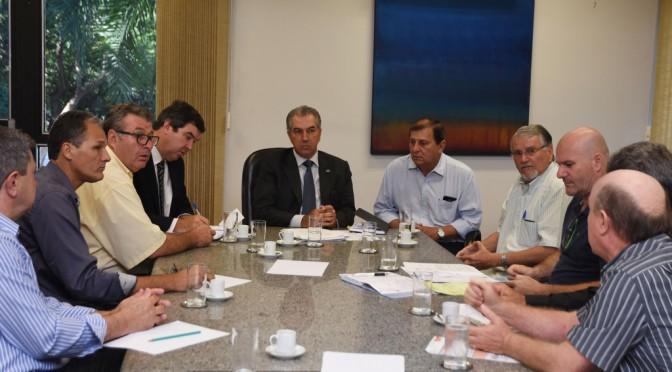 Reinaldo antecipa anúncio de incentivos à suinocultura e avicultura