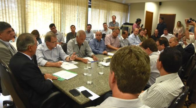 Reinaldo e lideranças dos setores produtivos debatem desenvolvimento