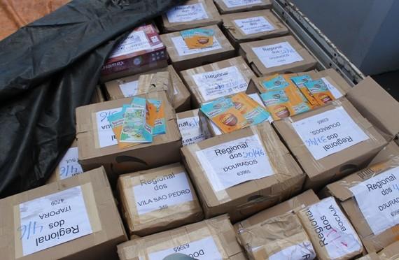 Sanesul entrega de 500 mil das cartilhas para combate ao Aedes aegypt em MS