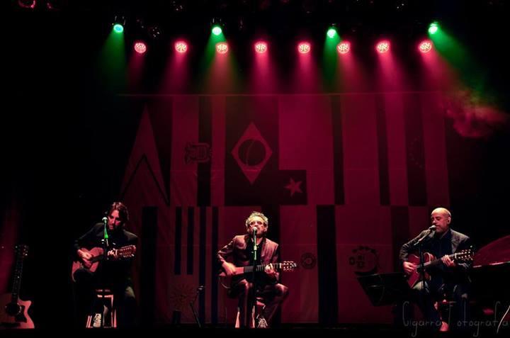 Hermanos Irmãos faz show de graça Por América no Teatro Aracy Balabanian