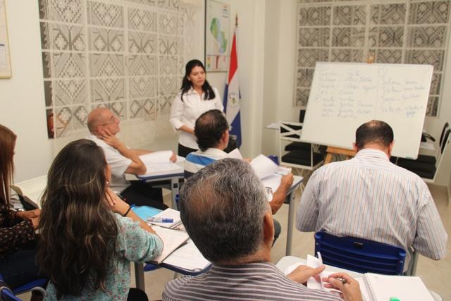 Com apoio do governo, Consulado do Paraguai comemora êxito de curso de guarani