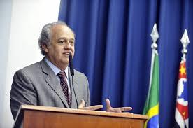 Novo modelo de Brasil deve nascer de maneira democrática