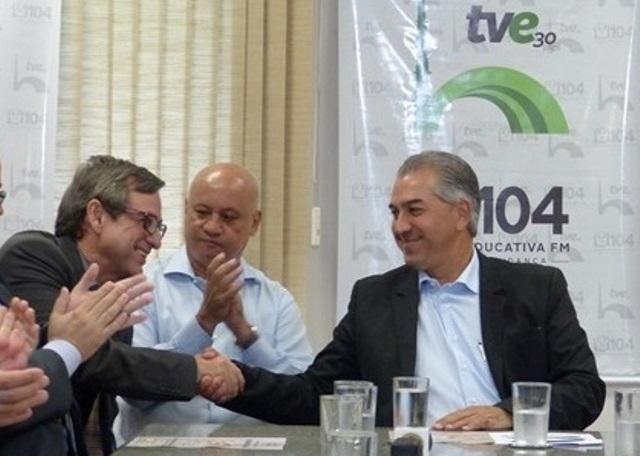 Governador e diretor-presidente da RTVE são homenageados pelo Exército