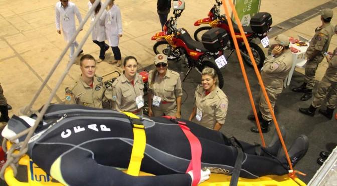 Caravana da Saúde: Corpo de Bombeiros realiza ações preventivas e demonstração de materiais