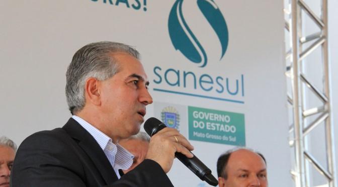 Reinaldo Azambuja lança programa para levar saneamento básico a todo o Estado