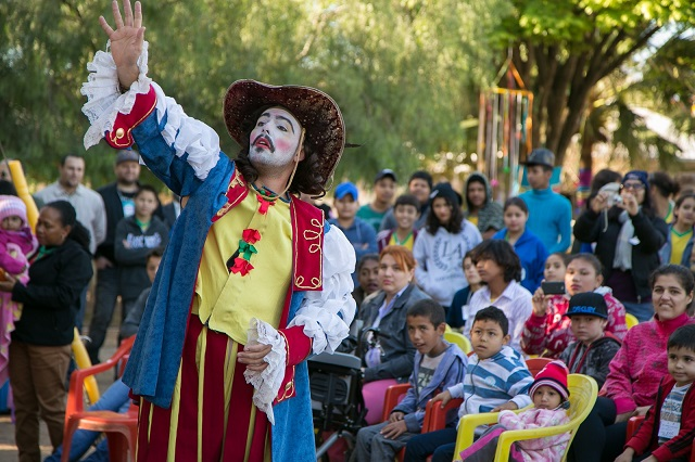Feira Literária de Bonito atrai estudantes da rede pública da região