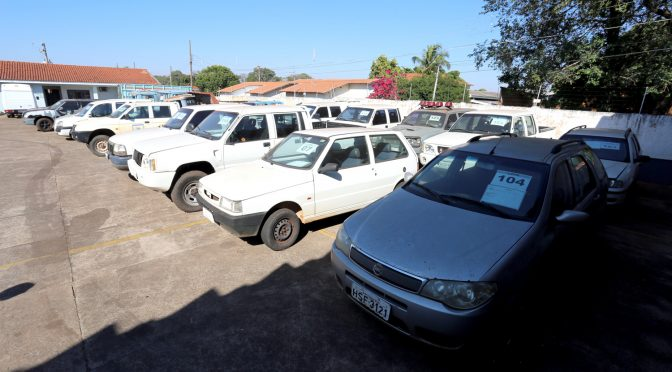 Governo do Estado leiloa 123 lotes de veículos com preços a partir de R$ 150