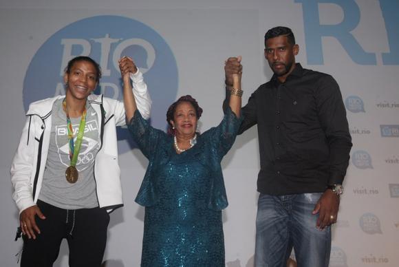 Cartilha que ensina a identificar e denunciar racismo nas Olimpíadas será lançada hoje no Rio