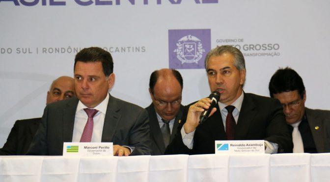 Reinaldo inaugura subestação de energia e assina termo de outorga de recursos hídricos