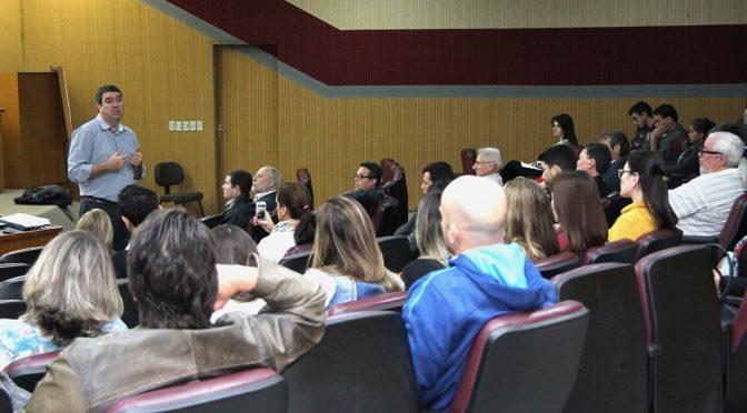 Conceitos precisam se traduzir em atitudes, diz secretário Riedel em evento na Iagro