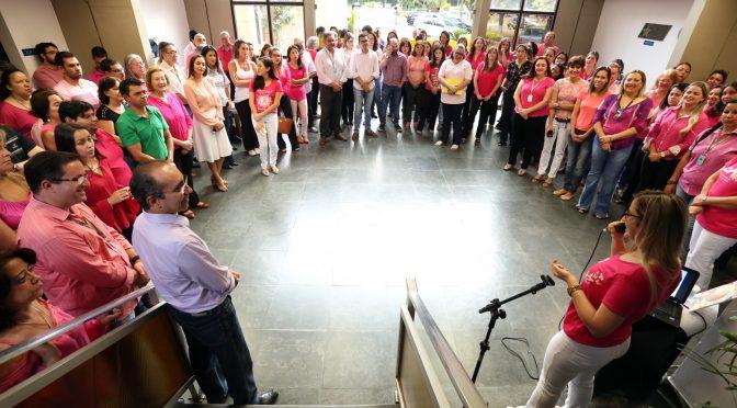 Servidores estaduais participam de roda de conversa sobre o Câncer de Mama