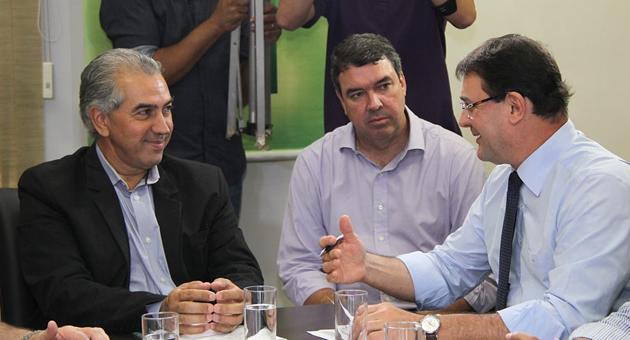 Empresários comemoram confiança de Reinaldo no setor produtivo com reajuste do teto do Simples