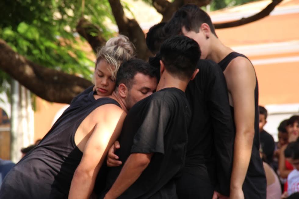 Matiilha impressiona público com performance instigante no FASP