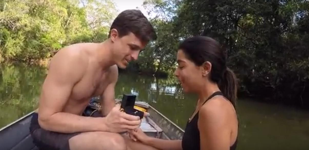 Vídeo: americano escolhe Bonito para pedir namorada brasileira em casamento