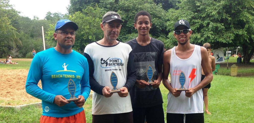 Final de Beach Tennis premia vencedores de cada categoria e melhores do ano em Bonito