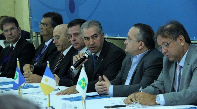 Reinaldo participa do último Fórum de Governadores do Brasil Central 2016 em Brasília