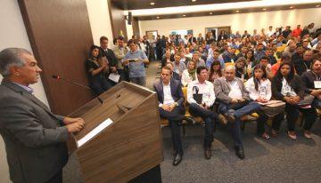 Governador anuncia a vereadores, ações na área da saúde para todos os municípios