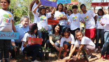 Dia da Árvore tem plantio e coral do Rede Solidária na Sedhast