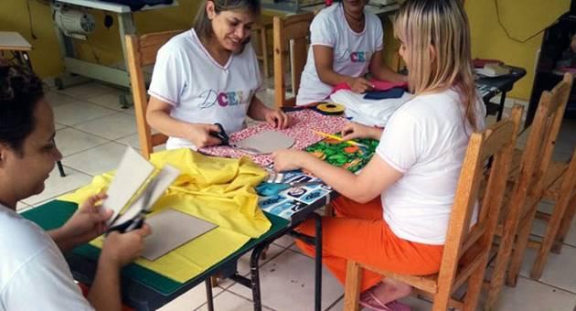 Trabalho de detentas é reconhecido por meio de grife própria. (Foto: Agepen/Divulgação)