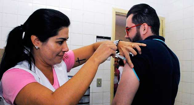 Vacinação contra a gripe foi prorrogada até 15 de junho e poderá ser estendida a mais grupos. (Foto: Edemir Rodrigues/Subcom/Segov)