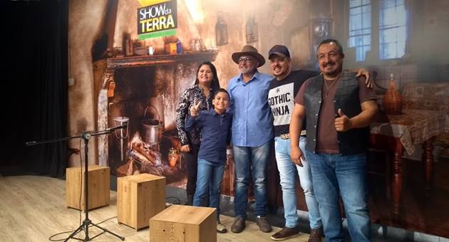 Show da Terra, TVE Cultura, Matheus Martins, Márcio Santos & Claudiney, música sertaneja, atrações, Zé Trovão