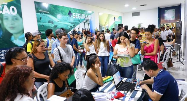 Terceira edição da Feira da Empregabilidade aconteceu no Shopping Bosque dos Ipês e reuniu cerca de 4 mil pessoas; Maicon Nogueira disse ao Bom Dia Campo Grande esperar público similar nesta quarta-feira (22). (Foto: PMCG/Divulgação)