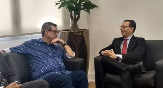 Bosco Martins e procurador-geral Paulo Cezar dos Passos discutiram ampliação de acordo, agora focado na área ambiental. (Foto: Humberto Marques)