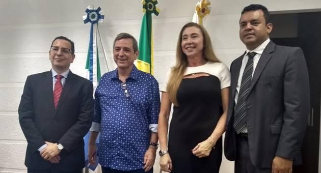 Procurador-geral Paulo Cezar dos Passos, Bosco Martins, procuradora de Justiça Ariadne Cantú e o procurador jurídico da Fertel, Danilo Magalhães. (Foto: Humberto Marques)