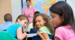 Papo de Mãe: bullying afeta metade das crianças do mundo