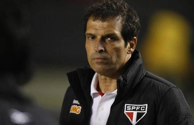 Milton Cruz, reconhecido pela passagem como auxiliar técnico do São Paulo, participa do Cartão Verde nesta quinta. (Foto: Rubens Chiri/saopaulofc.net)