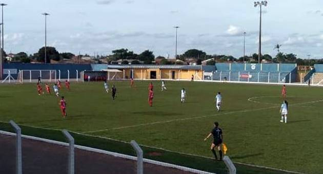 Meninas do Moreninhas se garantiram na decisão do Campeonato Estadual Feminino de Futebol com empate sobre o Comercial de Campo Grande no Jacques da Luz. (Foto: FFMS/Divulgação)