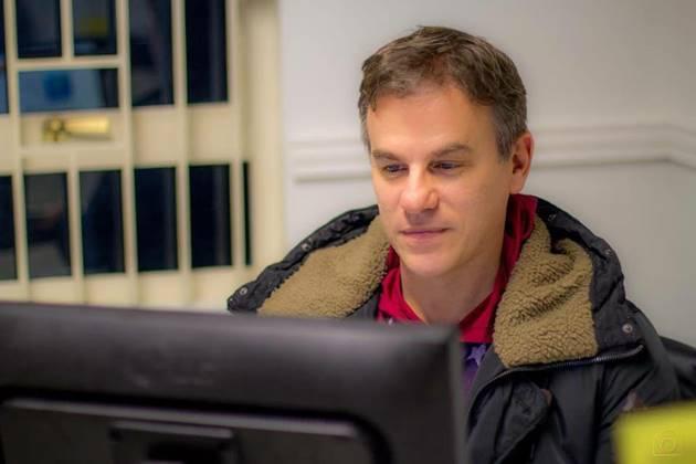 Cadu Bortolot presidiu a Ertel, atual Fertel, ajudando na implantação da Educativa 104.7 FM. (Foto: Arquivo pessoal/Reprodução)
