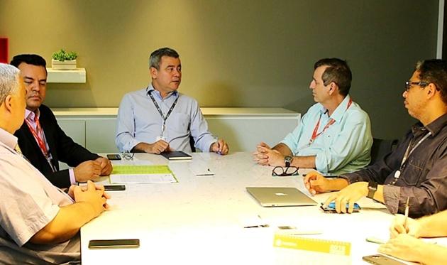 Reunião discutiu detalhes sobre ampliação da parceria entre TV Morena e Fertel. (Foto: Pedro Amaral)
