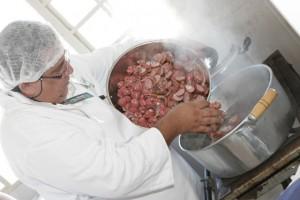 Bonito recebe curso de produção artesanal de embutidos e defumados em dezembro
