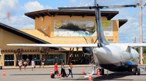 Aeroporto de Bonito, uma das portas de entrada ao Estado de turistas e viajantes; MS ganha novos voos e mais frequências para grandes centros graças à atuação da Fundtur-MS. (Foto: Edemir Rodrigues/Subcom/Arquivo)