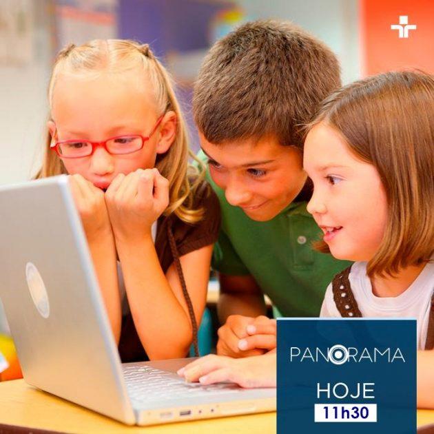Panorama discute inserção da tecnologia na educação nesta segunda (3). (Foto: TV Cultura/Divulgação)