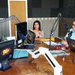 Bosco Martins em entrevista ao radialista Marçal Filho, em Dourados, detalhando a nova programação e a digitalização do sinal da TVE Cultura em Dourados. (Foto: Maurício Borges)