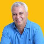 José Almi Pereira Moura (PT), o Cabo Almi, é cabo da Polícia Militar, foi vereador em Campo Grande e chega ao quarto mandato de deputado estadual, com 21.121 votos