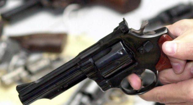 Flexibilização da posse e do porte de armas de fogo no Brasil foi um dos temas de debate na última campanha eleitoral. (Foto: Agência Brasil/Arquivo)
