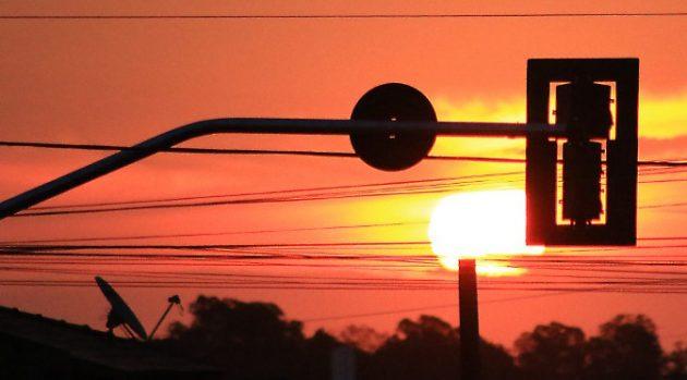 Inmet alerta sobre onda de calor em 25 municípios do Estado. (Foto: Edemir Rodrigues/Subcom)