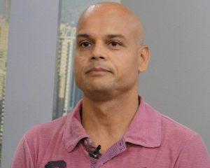 Ex-meia do Santos com passagens como treinador por MS será entrevistado no Cartão Verde. (Foto: Divulgação)