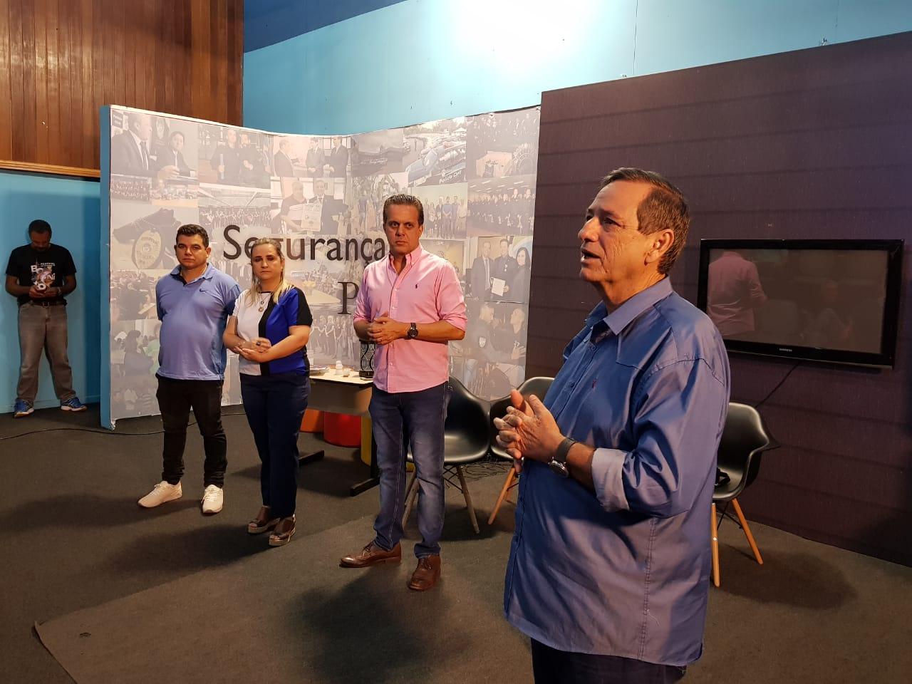 Bosco Martins, diretor-presidente da Fertel, durante reunião entre servidores e presidente da Cassems. (Foto: Pedro Amaral)